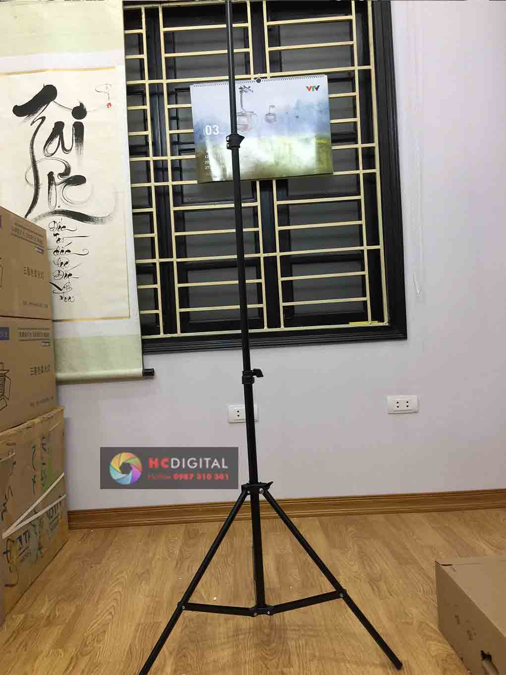 Chân đèn Flash Kino Studio cỡ nhỏ  2 mét
